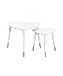 FINLANDEK 2 tables gigognes triangulaires LIMPIA scandinave  Blanc  L 60 x l 60 cm et L 40 x l 40 cm